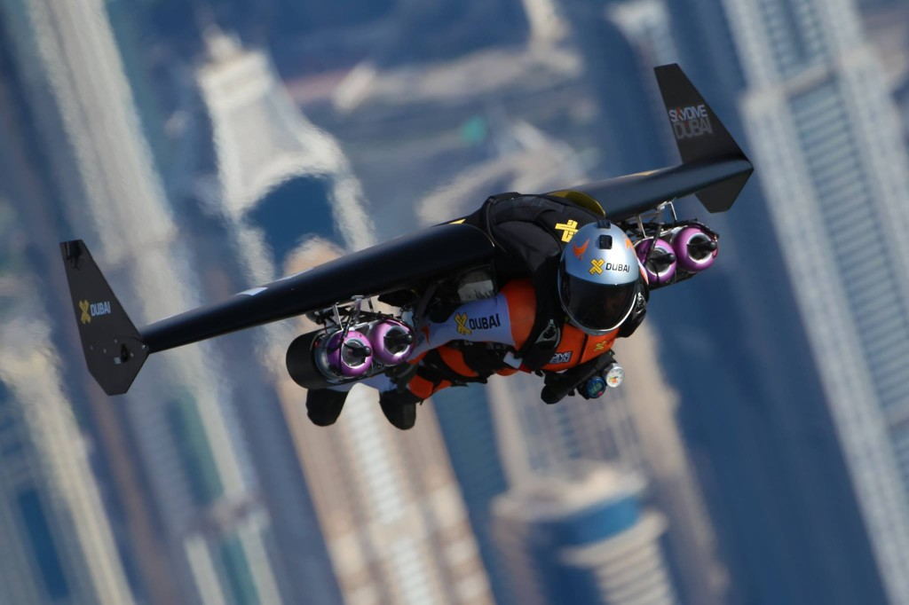 Jetman Dubai in flight